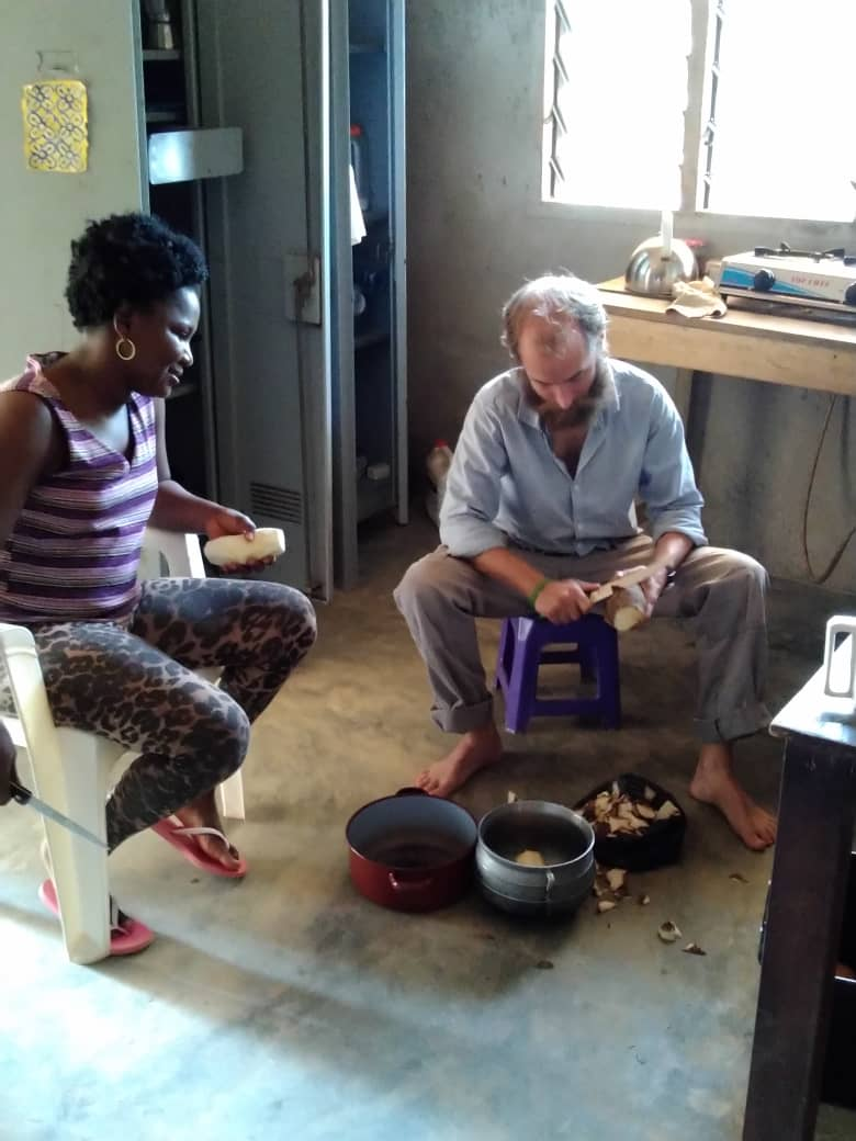 Francine teaching me how to make eggy yam. Abengourou, Cote d