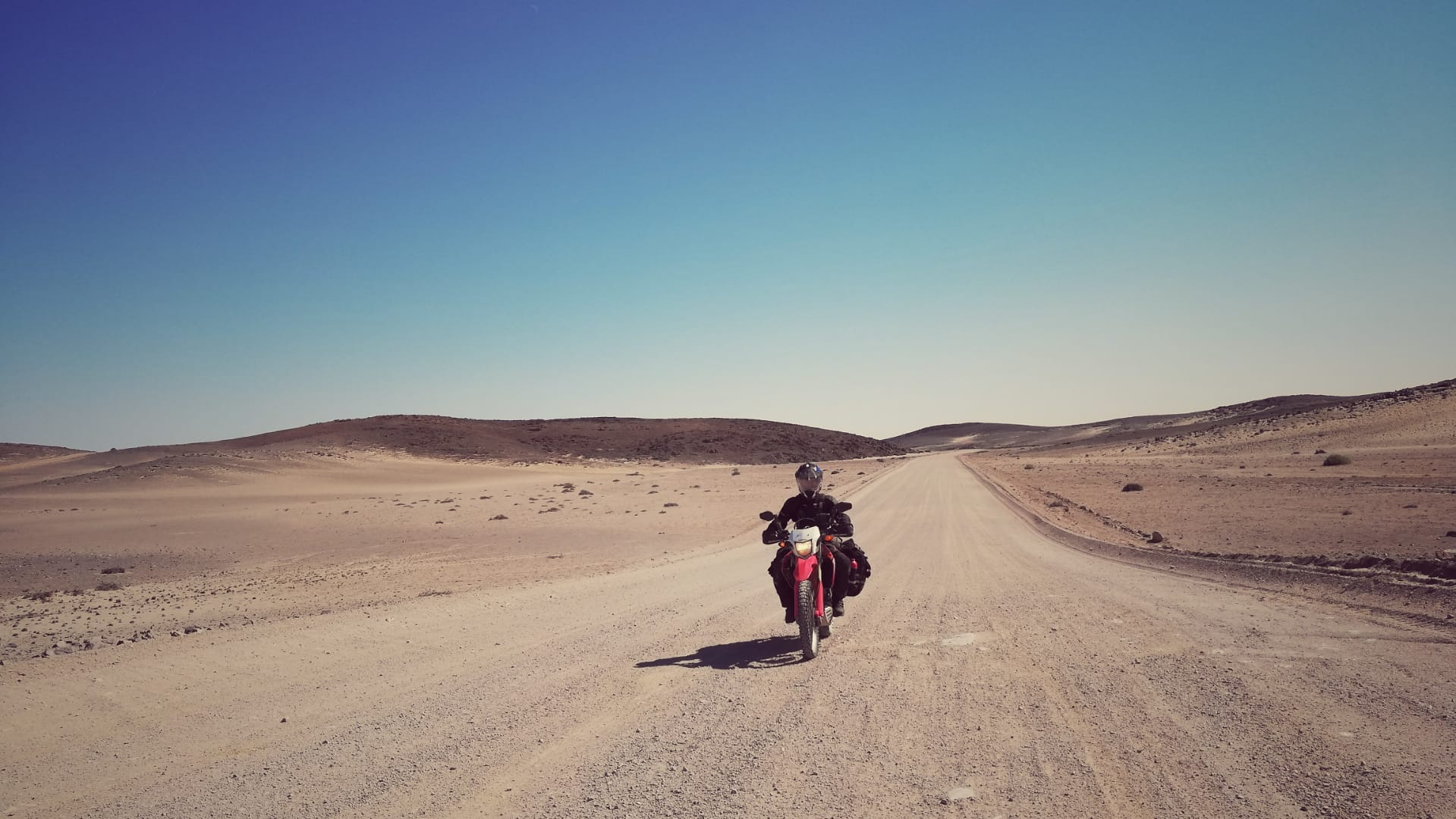 Riding in Namibia. Photo credit: @its_moodo.