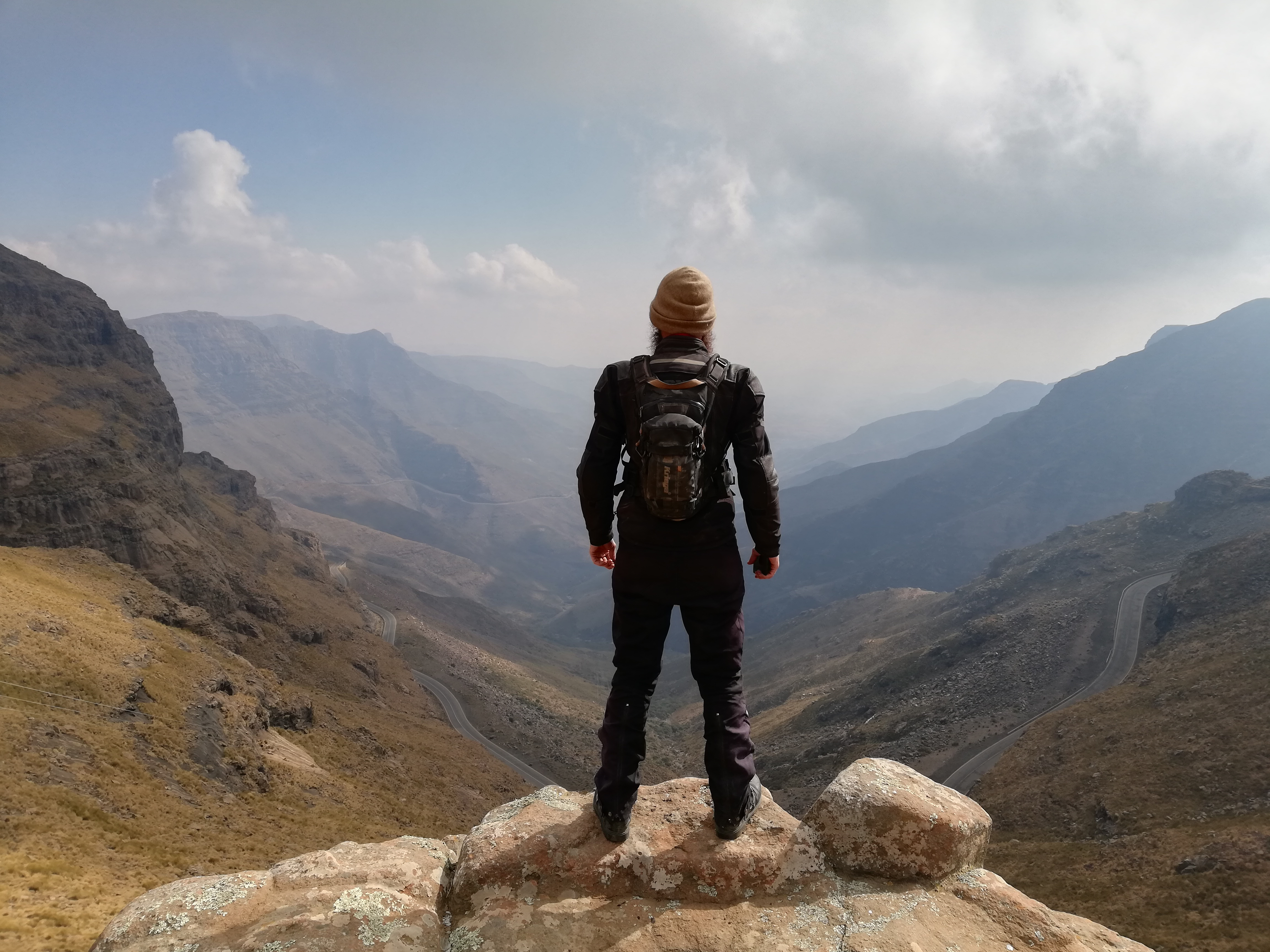 Viewing Mafika Lisiu Pass at 3090 metres above sea level in Lesotho. Huge thanks to @its_moodo for the photo.
